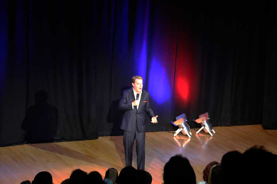 Eddie Izzard tickets for College students