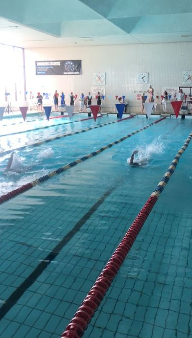 Bexhill College Senior Swimming Teams Qualify for Nationals
