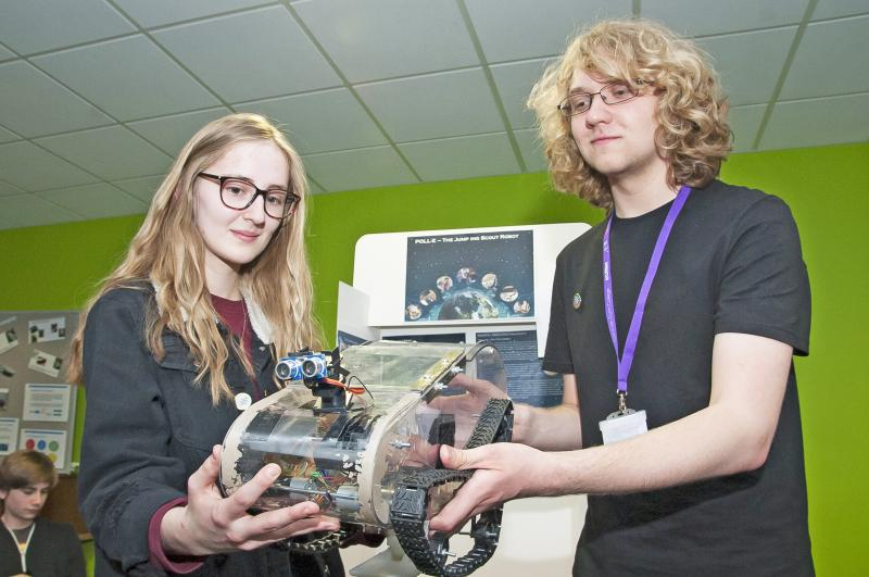 Award Winning Robot Created by Physics Students